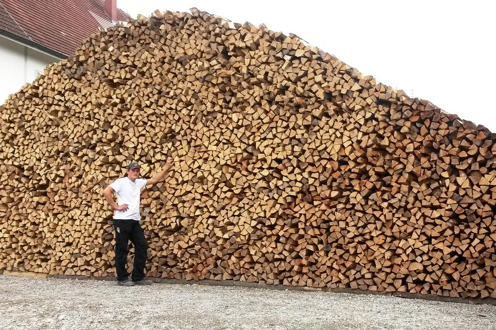 Schreinermeister Joos Brennholzverkauf